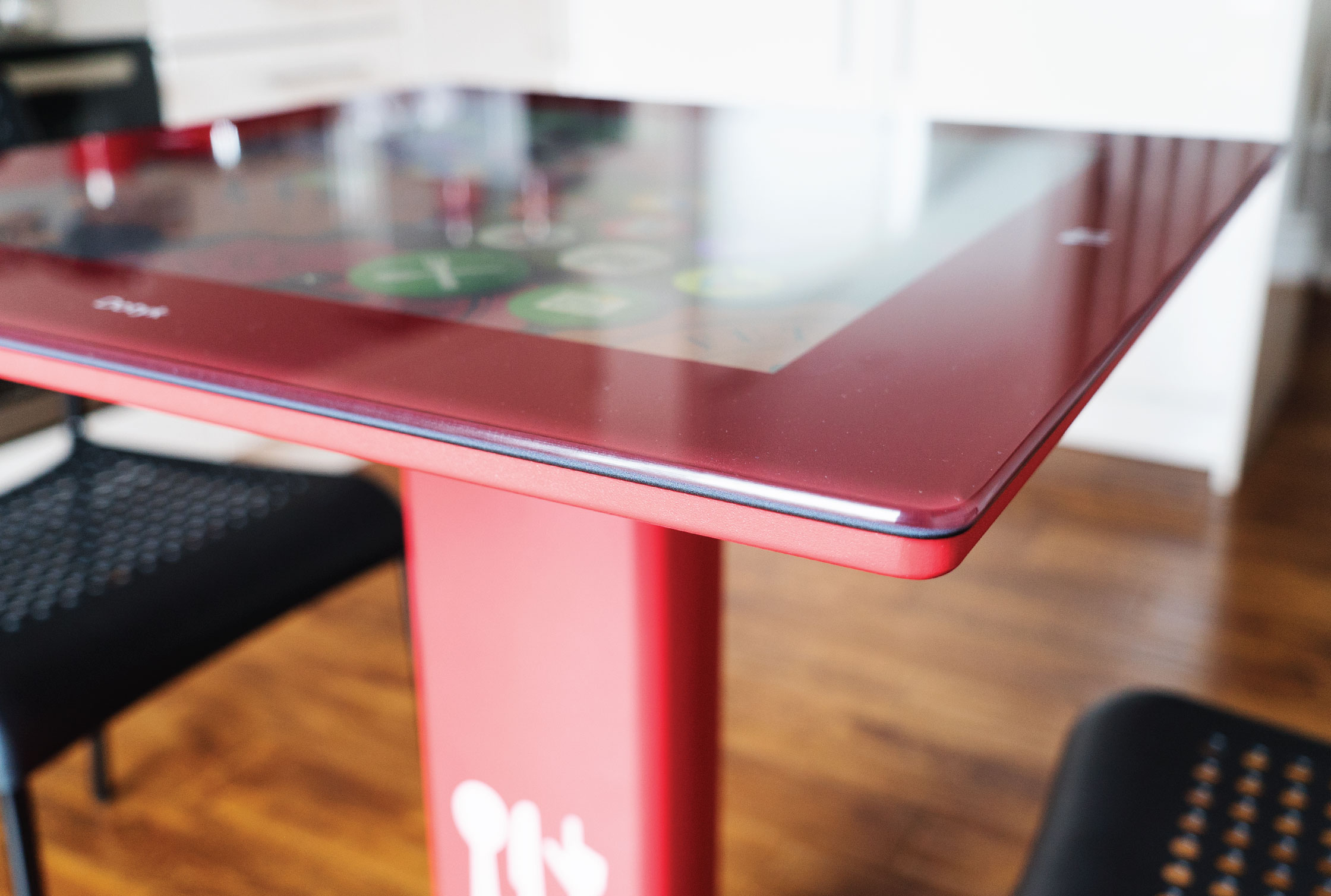 Interactive Cafe Table - Diamond smart table